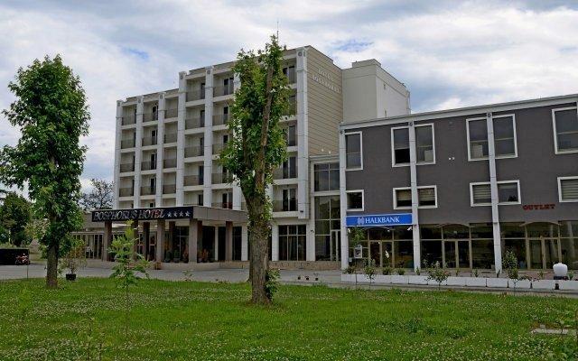 Свечана седница СПС-а у хотелу Босфор