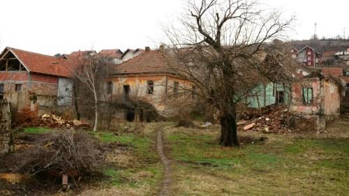 Kuće i imanja daju za bagatelu
