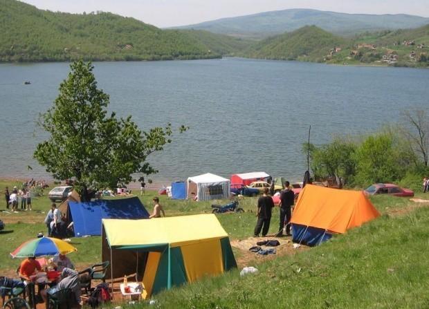Бованско језеро може и у чашу