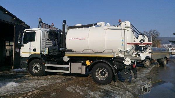 """Донација за """"Водовод и канализацију"""": Ново """"Canal Jet"""" возило"""
