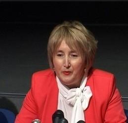 Zbog Kuline menjaju pomoćnicu ministra Vulina?
