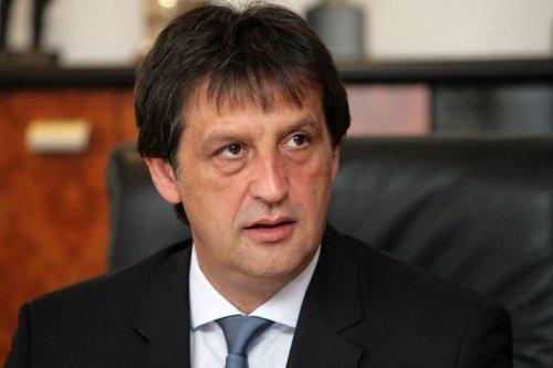 Братислав Гашић у недељу у посети алексиначким напредњацима