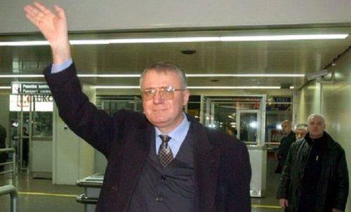 Vučića smenjuje Šešeljeva presuda