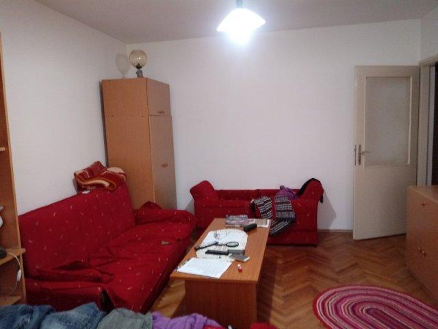 Prodajem stan u Nišu,Pantelej,55m2,uknjižen