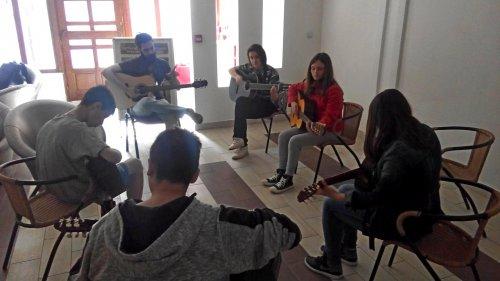 Никола Радић у посети музичкој радионици