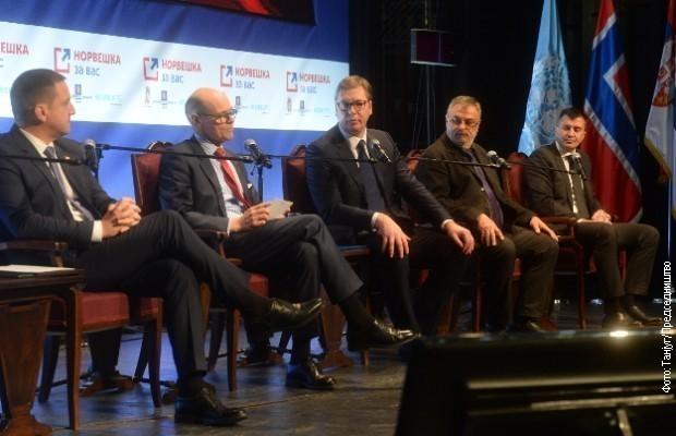 Вучић у Алексинцу: Норвешка помоћ општинама у Србији