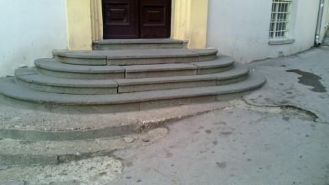 Zgrada SO Aleksinac nepristupačna za invalide