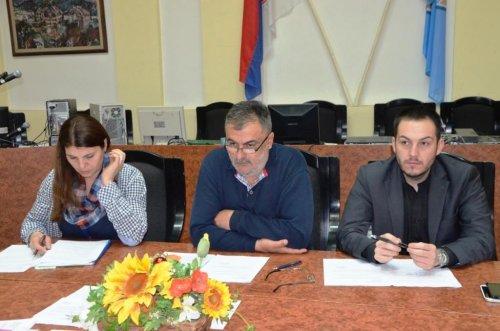 Одржана 74. седница општинског већа, мањи приходи дирекције