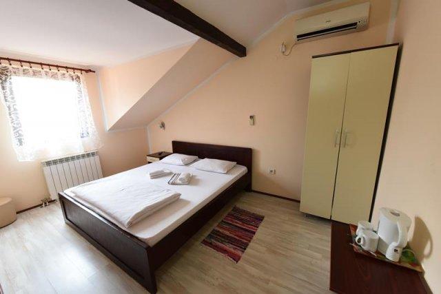 Kratkorocno iznajmljivanje soba / apartmana, Novi Sad