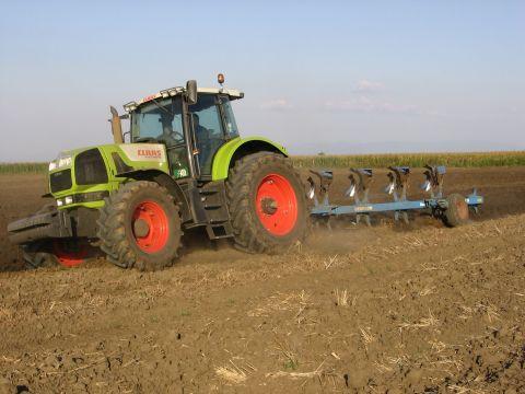 Осам јавних позива за субвенционисање пољопривредне производње