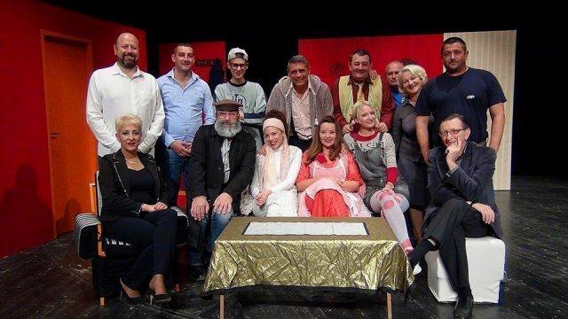 """Алексиначко позориште """"Театар 91"""" запажено на Фестивалу комедије у Новом Бечеју"""