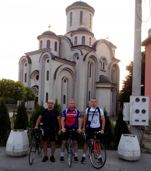 До Пефкохорија возили на плус 46: Бициклима прешли 605 км до мора