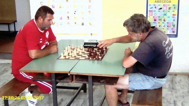 Šah- MZ Korman (levo) pobednik i Al. Rudnik