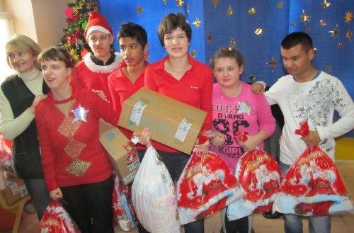 I ove godine obezbeđeni paketići iz donacija