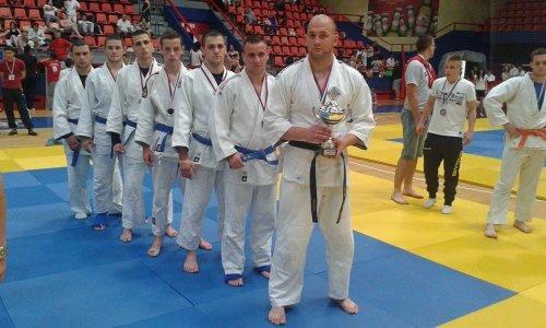 Успешан викенд за борце НИФ-а: друго место у Јадранској лиги