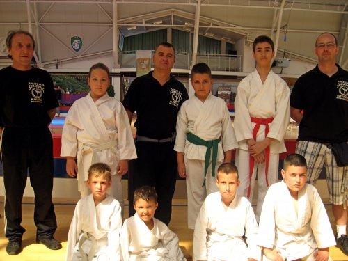 """Karatisti """"Šumatovca"""" doneli 7 medalja sa internacionalnog turnira u Sokobanji"""