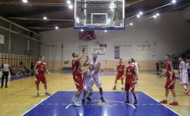Прва утакмица и победа кошаркаша Напретка