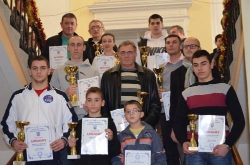 Пехари и дипломе за најбоље спортисте