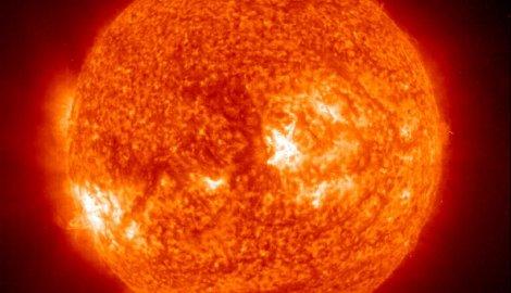 Сунчева олуја прети да парализује Земљу у наредне три године
