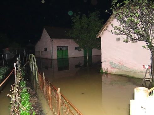Поплаве у Доњем Љубешу и Витковцу