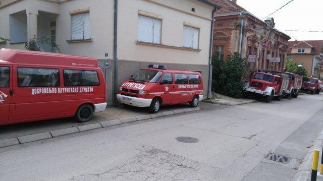 Апел - уклоните непрописно паркирана возила са прометних саобраћајница