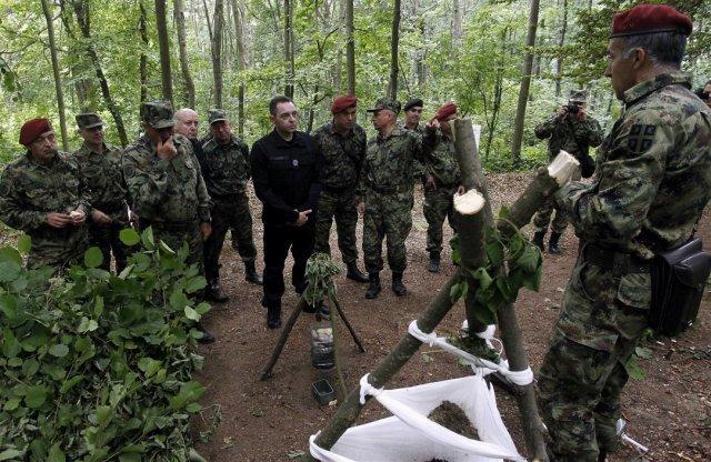 Министар Вулин на обуци извиђача Копнене војске на Малом Јастрепцу